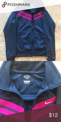 Women Nike Jacket Great condition Nike Jackets & Coats Blazers
