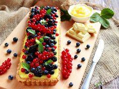 Crostata ai frutti di bosco e cioccolato bianco La dolcezza di un dessert che conquista tutti! http://bit.ly/crostata-frutti-di-bosco-e-cioccolato-bianco