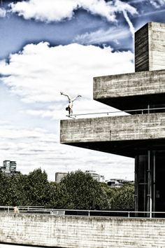 Ashley Holland of Storm Freerun #Parkour #Movement #Freerunning