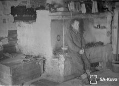 Karjalaistupa Akonlahdelta. Akonlahti 1941.10.04 To Loose, Ancient History, Russia, Boards, Lost, Painting, Pictures, Finland, Planks