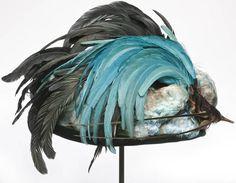 Hat designed by Esther Meyer, French, Minocha of grebe, dyed cockerel feathers, silk velvet. 1900s Fashion, Edwardian Fashion, Vintage Fashion, Women's Fashion, 20th Century Fashion, Feather Hat, Rooster Feathers, Edwardian Era, Vintage Outfits