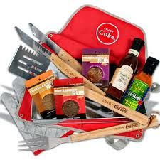 Father's Day Grilling Gift Basket - Sauces & Snacks for The Grill Master Bbq Gifts, Grilling Gifts, Best Gift Baskets, Raffle Baskets, Gifts For Cooks, Client Gifts, Gourmet Gifts, Grill Master, Fathers Day Gifts