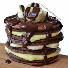 ChocoNana Protein Pancakes #proteinpancakes #cleaneating #healthypancakes