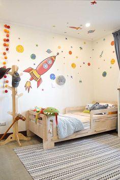 Infantil / Dormitorio / Niño / Cama / Espacio / Madera / Mobiliario / Toddler Boy Room Decor, Toddler Rooms, Boys Room Decor, Kids Decor, Baby Bedroom, Baby Boy Rooms, Kids Bedroom, Bedroom Themes, Bedroom Decor