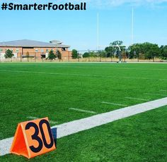 FOOTBALL PARENTS! Enter @riddellsports #SmarterFootball grant to win money for your child's football team! Enter here: Http://www.riddell.com/smarterfootball #ad