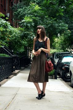 into this midi skirt+oxford combo