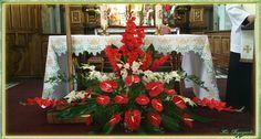 Żółkiewka. Altar Flowers, Church Flowers, Funeral Flowers, Funeral Floral Arrangements, Church Flower Arrangements, Funeral Sprays, Altar Decorations, Kirchen, Holiday Decor