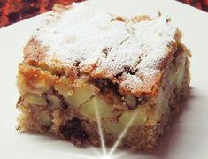 Μπουκιά και συχώριο! Κέικ με μήλα και καρύδια Non Chocolate Desserts, Greek Desserts, Kinds Of Desserts, Healthy Sweets, Healthy Cooking, Cooking Recipes, Trifle, Mediterranean Recipes, Yummy Cakes