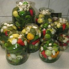 Egy finom Ízletes vegyes savanyúság télre ebédre vagy vacsorára? Ízletes vegyes savanyúság télre Receptek a Mindmegette.hu Recept gyűjteményében! Pickling Cucumbers, Hungarian Recipes, Pickles, Salads, Food And Drink, Canning, Vegetables, Hungary, Dessert