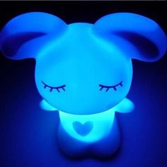 Lapin Coway Lovely Love Colorful LED Night Light de 2015 à €2.37