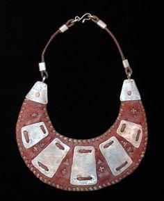 Collar  cuero y  plata  //  Joyeria Etnica