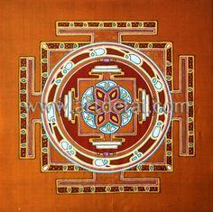 """Sutra de la Flor - Al igual que la meditación, la creatividad surge de un movimiento interno que conduce hacia dentro y hacia arriba. Una manera de aquietar la mente, de serenar el flujo de pensamientos y poder entrar en la calma interna, es a través del dibujo y la pintura.  """"Los Chakras – Mandalas de energia"""" de Tat Estrada. Edit. mtm"""