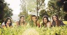 Young wild and free - - Models: @tori.jade @gracieconley66 @hope.kitty @katikattxp @_avachristine_  Contest: @seniorsignite  MU: @emilyyyy_irvine  - - #lensflair #park #waterpark  #JodyRaelSEEN #Seniorsignite #weareSEEN #seniorphotography #jodyraelphotography #lasvegasphotographer #senioryear #phototoftheday #getseen #jrpseniors #seniorsignite #beautiful