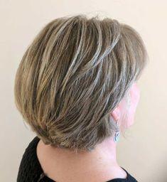 Nape-Length Layered Gray Bronde Cut