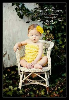6 month photo session. Baby girl pictures