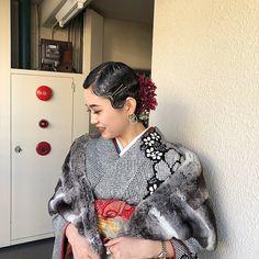 "AKARI NAKAMURA on Instagram: "". finger wave 〻 . 大事な成人式hair任せてくれてありがとう。❤︎ . そして成人おめでとう🌹 . finger waveと振袖マッチしすぎてる❤︎❤︎ . . 初成人式setがすみれたんでよかった♥︎ 楽しかったな〜〜😌💗 . . #フィンガーウェーブ…"" Updo Styles, Hair Styles, Internet Girl, Hair Arrange, Hair Setting, Roller Set, Perm, Updos, Wedding Hairstyles"