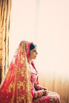 Gold and pink opulence. I want an Indian wedding so bad!