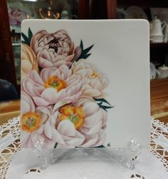 China Painting, Foto E Video, Painted Porcelain, Table Decorations, Drawings, Home Decor, Tela, Flowers, Dishes