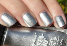 Citrine's Blog - Lip gloss, lipstick and all that good stuff...: Sally Hansen Insta Dry Nail Color Silver Sweep