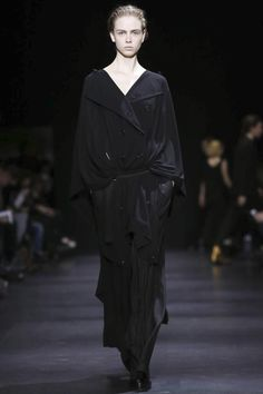 Ann Demeulemeester Ready-To-Wear Fall Winter 2014 #PFW