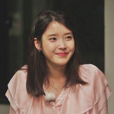 Korean Actresses, Korean Actors, Actors & Actresses, Korean Celebrities, Celebs, Iu Hair, Korean Girl, Asian Girl, Korea Street Style