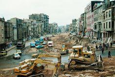 Tarlabaşı Bulvarı açılırken birçok tarihi bina yıkılmıştı.