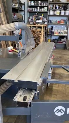 Woodworking Ideas Table, Woodworking Projects, Woodworking Articles, Wood Slice Crafts, Wood Crafts, Small Wood Projects, Diy Projects, Wooden Words, Wood Joints
