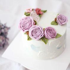 student's works_Detail course 1st class #flowercake #butter #julietrose…