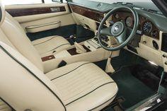 ASTON MARTIN V8 VANTAGE VOLANTE X-PACK, MANUAL, 1989 Aston Martin V8, Manual, Textbook, User Guide