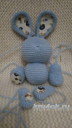 Игрушка заяц крючком. Работа Ксении вязание и схемы вязания