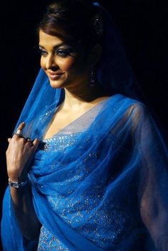 Aishwarya Rai. One of the most beutyful woman today, model, Bollywood star, Miss World 1994, born 1973.
