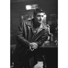 Oh, the horror Supernatural ❤ liked on Polyvore featuring supernatural, jensen ackles, boys, actors and dean