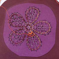 Aemilia Ars needle lace flower - kick start