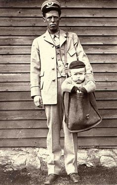 1913 - After parcel post service was introduced in at least two children were sent by the service. With stamps attached to their clothing, the children rode with railway and city carriers to their destination. The Postmaster General quickly issued a Old Pictures, Old Photos, Free Photos, Interesting History, Vintage Photographs, Back In The Day, Historical Photos, American History, The Past