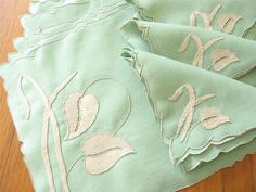 GORGEOUS Vtg WATER LEAF Marghab Madeira 17 pc Set Placemats Napkins Runner GREEN
