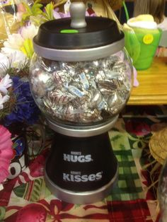 Hugs and kisses candy jar made to order by Wreathsandmoredecor Clay Pot Projects, Clay Pot Crafts, Diy Clay, Jar Crafts, Mason Jar Gifts, Mason Jar Diy, Flower Pot Crafts, Flower Pots, Bubble Gum Machine