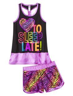 I Heart To Sleep Late Pajama Set Short Sets Pajamas! I want so bad! Cute Pjs, Cute Pajamas, Justice Pajamas, Justice Clothing, Girls Pajamas, Tween Fashion, Tween Girls, Pajama Set, Cute Dresses