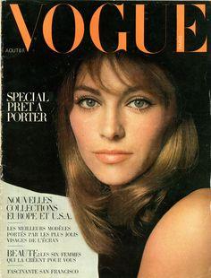 Nathalie Delon en couverture de Vogue en 1967, photo Jeanloup Sieff