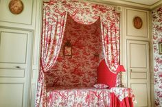 Château de Chantore built an century, has 2 suites and 3 guest rooms park view, near Mont Saint Michel in Normandy Alcove Bed, Bed Nook, Red Cottage, French Cottage, French Country, Cottage House, Royal Bedroom, Four Poster Bed, Poster Beds