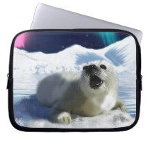 Beautiful Baby Harp Seal and Arctic Ice Art Laptop Sleeves