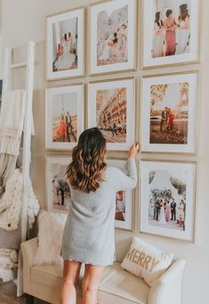 Fascinating Wall Gallery Ideas You Can Steal - A gallery wall can instantly elevate the style of any space in any room in your home. Gallery walls vary greatly, depending on the décor and taste of . Home Design, Wall Design, Design Ideas, Wedding Photo Walls, Wedding Photo Gallery, Deco Baroque, Photo Wall Decor, Photo Frame Decoration, Photo Deco