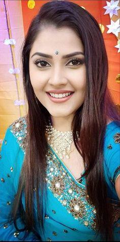 Beautiful Blonde Girl, Beautiful Girl Indian, Beautiful Girl Image, Most Beautiful Indian Actress, Beautiful Smile, Beautiful Women, Cute Beauty, Beauty Full Girl, Beauty Women