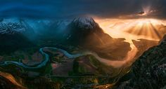 To Heaven or Hell by Max Rive on 500px