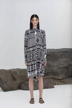Rhié Spring 2016 Ready-to-Wear Collection Photos - Vogue #geometrics