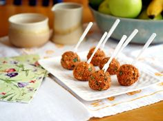 Healthy new way to maximize pizza flavor intake: Quinoa Pizza Balls!