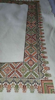 Cross Stitch Cushion, Cross Stitch Rose, Cross Stitch Borders, Crochet Borders, Cross Stitch Flowers, Cross Stitch Designs, Cross Stitch Patterns, Hand Embroidery Design Patterns, Bird Embroidery