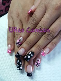 Uñas Long Nail Art, Cute Nail Art, Wow Nails, Pretty Nails, Silver Nails, Pink Nails, Flower Nail Designs, Nail Art Designs, Hello Kitty Nails