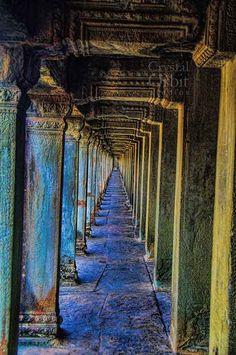 Psychadelic Archways Dreaming of Angkor Wat di CrystalOrbitStudios