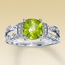Diamond & Peridot Ring--oh I would love to have this -- I love my birthstone