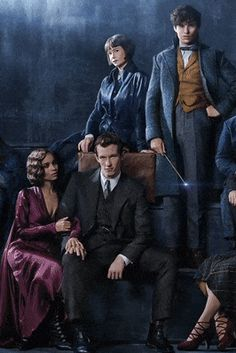 A first look at 'The Crimes of Grindelwald' ensemble cast gif